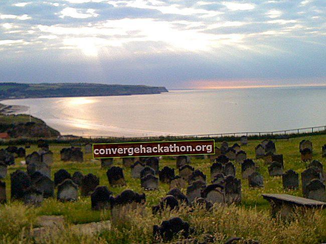 Kyrkogården vid havet